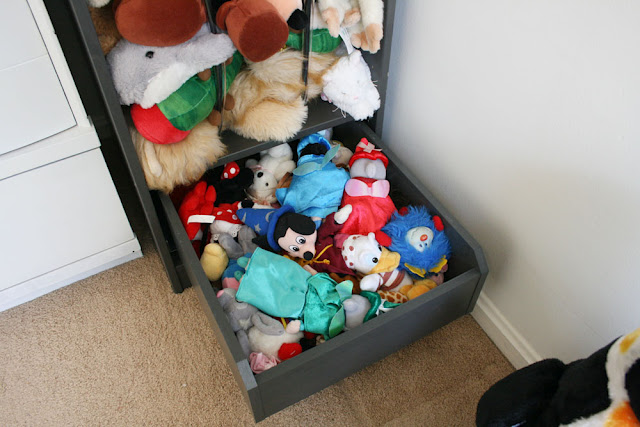 Stuffed Animal Storage IKEA PAX Wardrobe Hack - IKEA Hackers