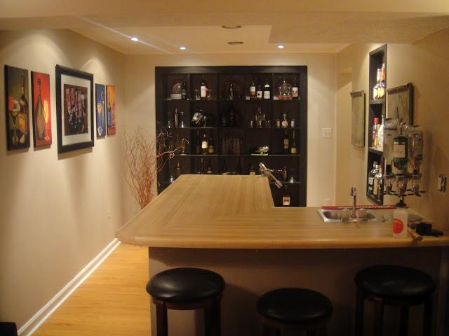 EXPEDIT Built-in Bar shelving