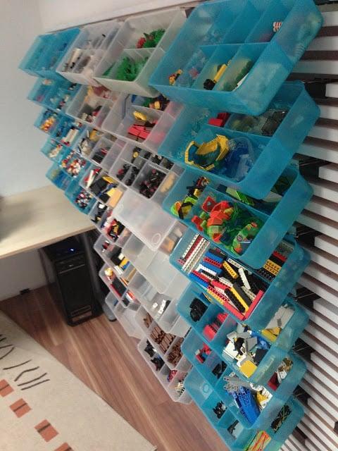 LEGO bricks organizer