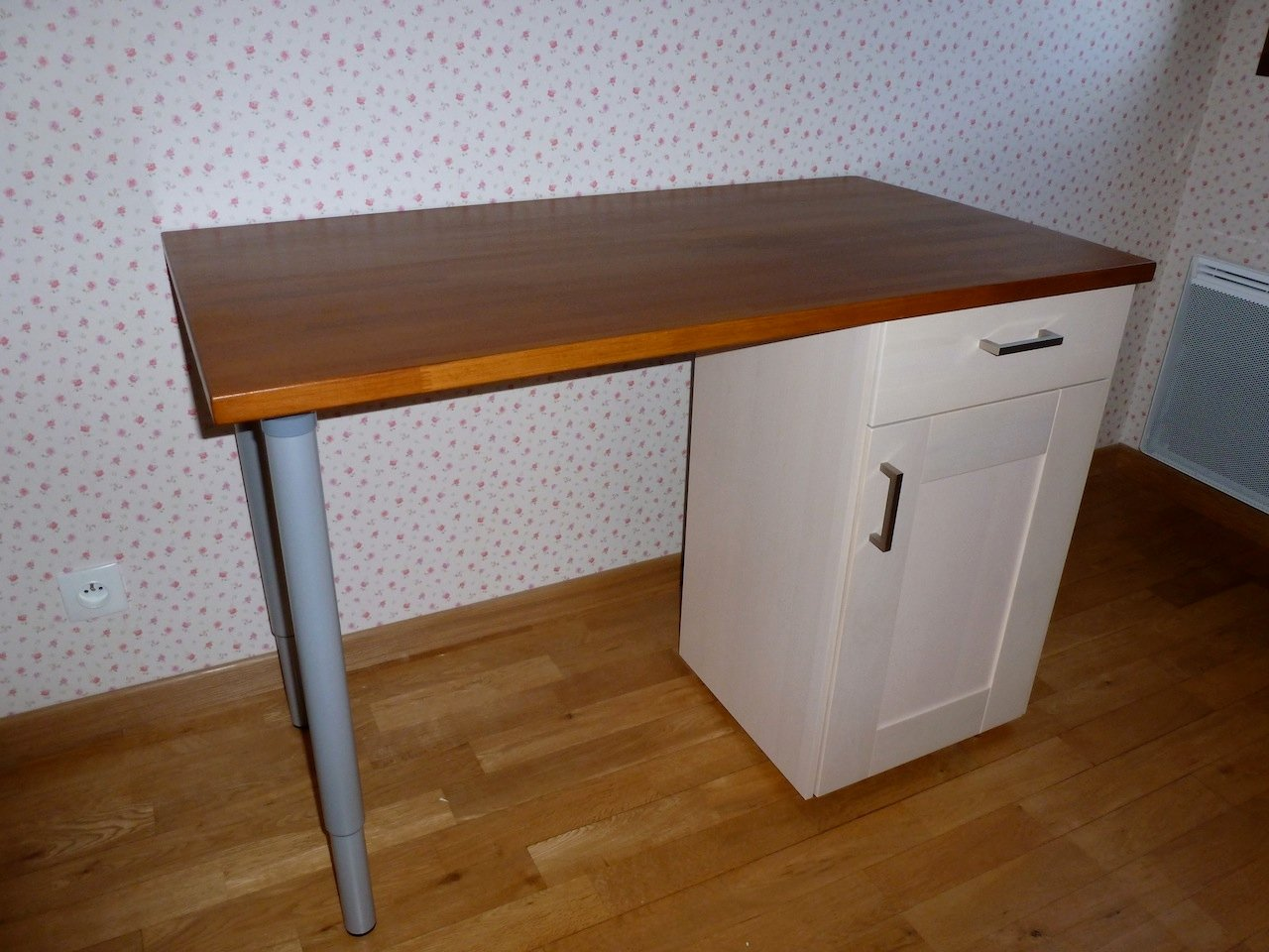 faktum kitchen cabinet into desks ikea hackers ikea hackers