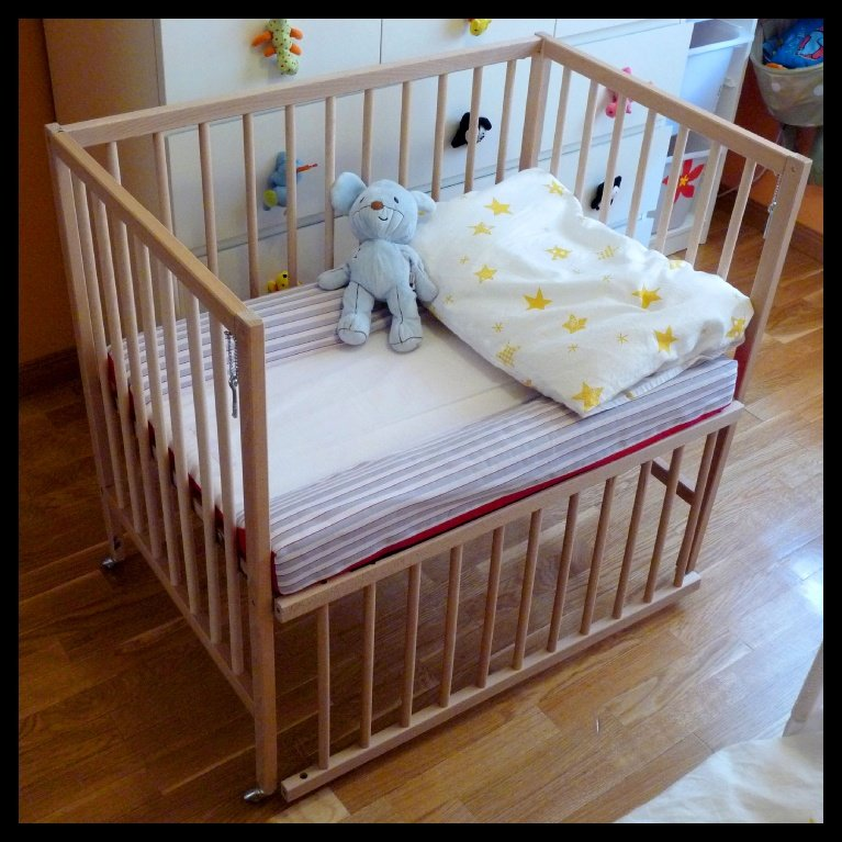 Kinderbett ikea hensvik  SNIGLAR - Crib co sleeper - IKEA Hackers - IKEA Hackers