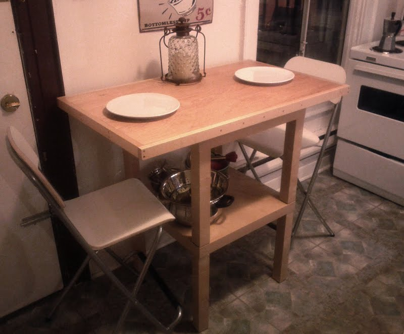 Awesome Extendable Lack Bistro Table