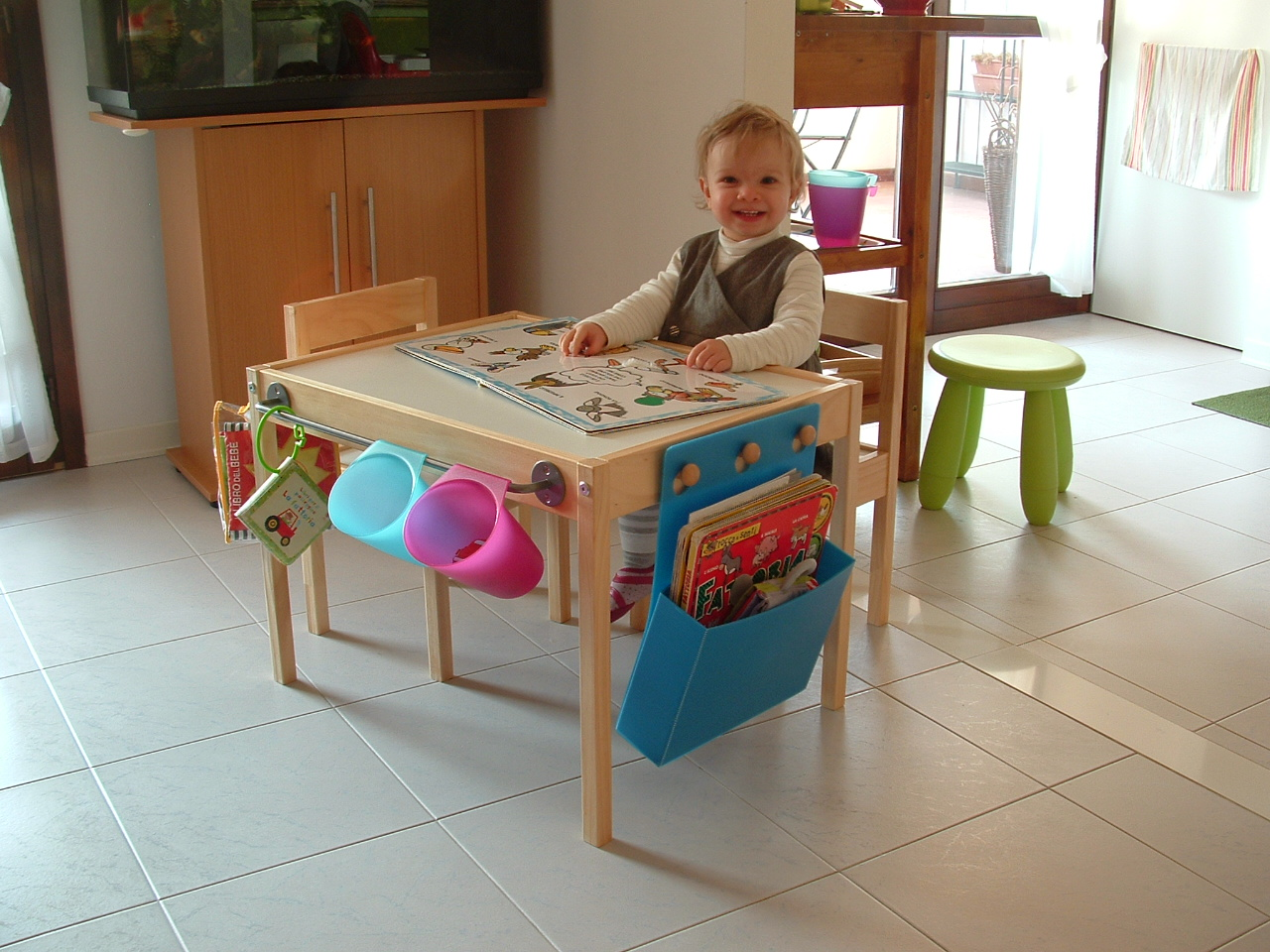 Latt Children S Table