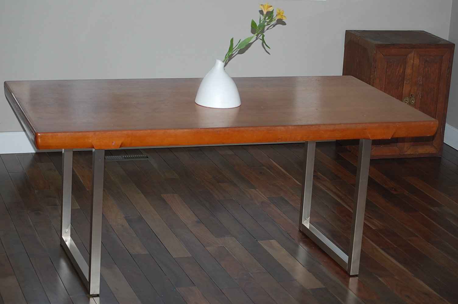 A Sad Old And Tired Table Gets A Second Wind Thanks To Vika Moliden IKE