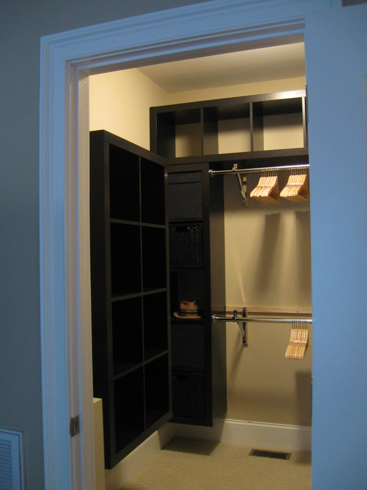 Expedit Closet Small Walk In
