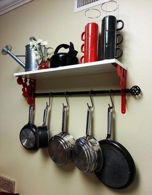 under shelf pot rack