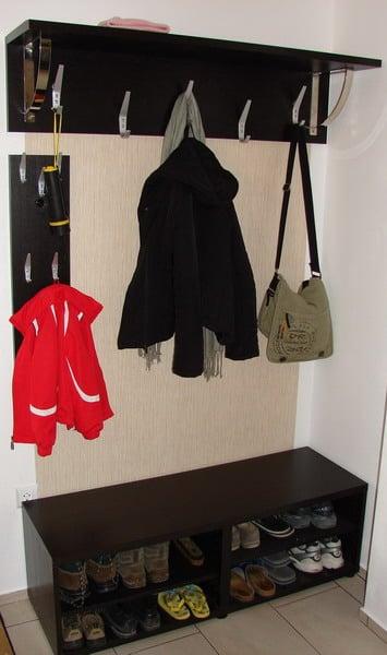 landing coat rack