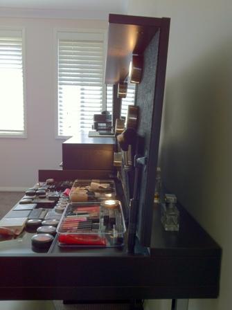 Modern Hideaway Dressing Table