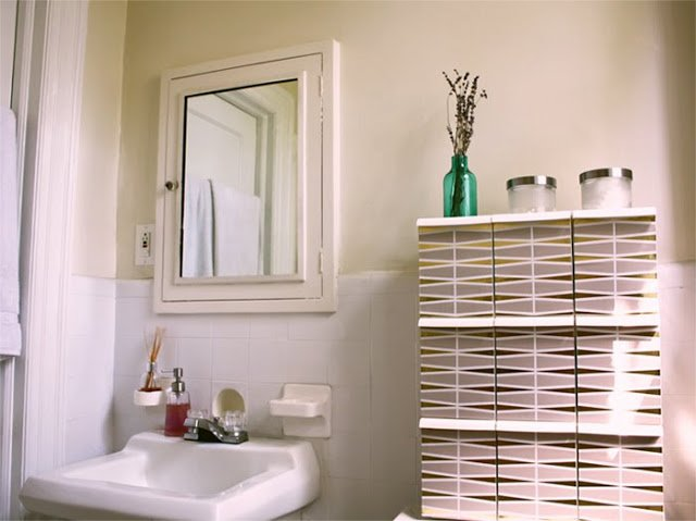 bathroom shelving unit