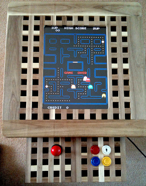 Ikea Hol Arcade Machine