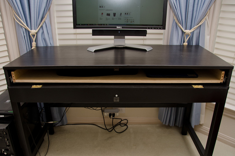 Usable Computer Desk For A Small Place Ikea Hackers