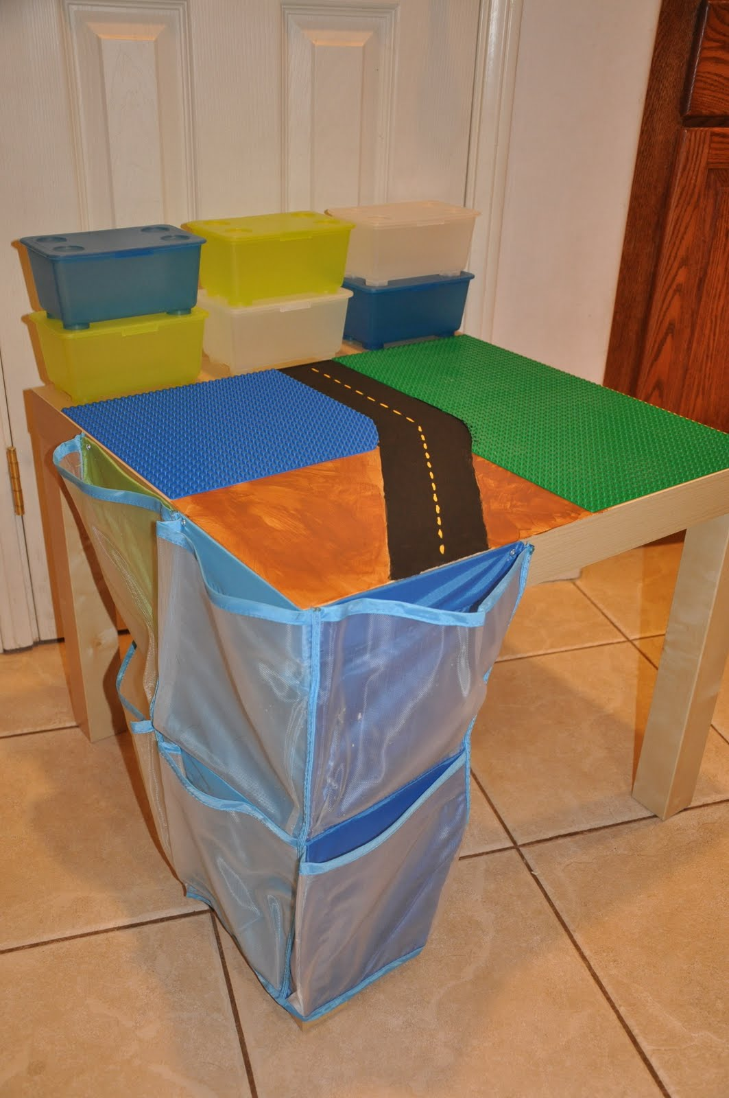 Custom lego table with side pocket storage ikea hackers ikea hackers - Customiser table ikea ...