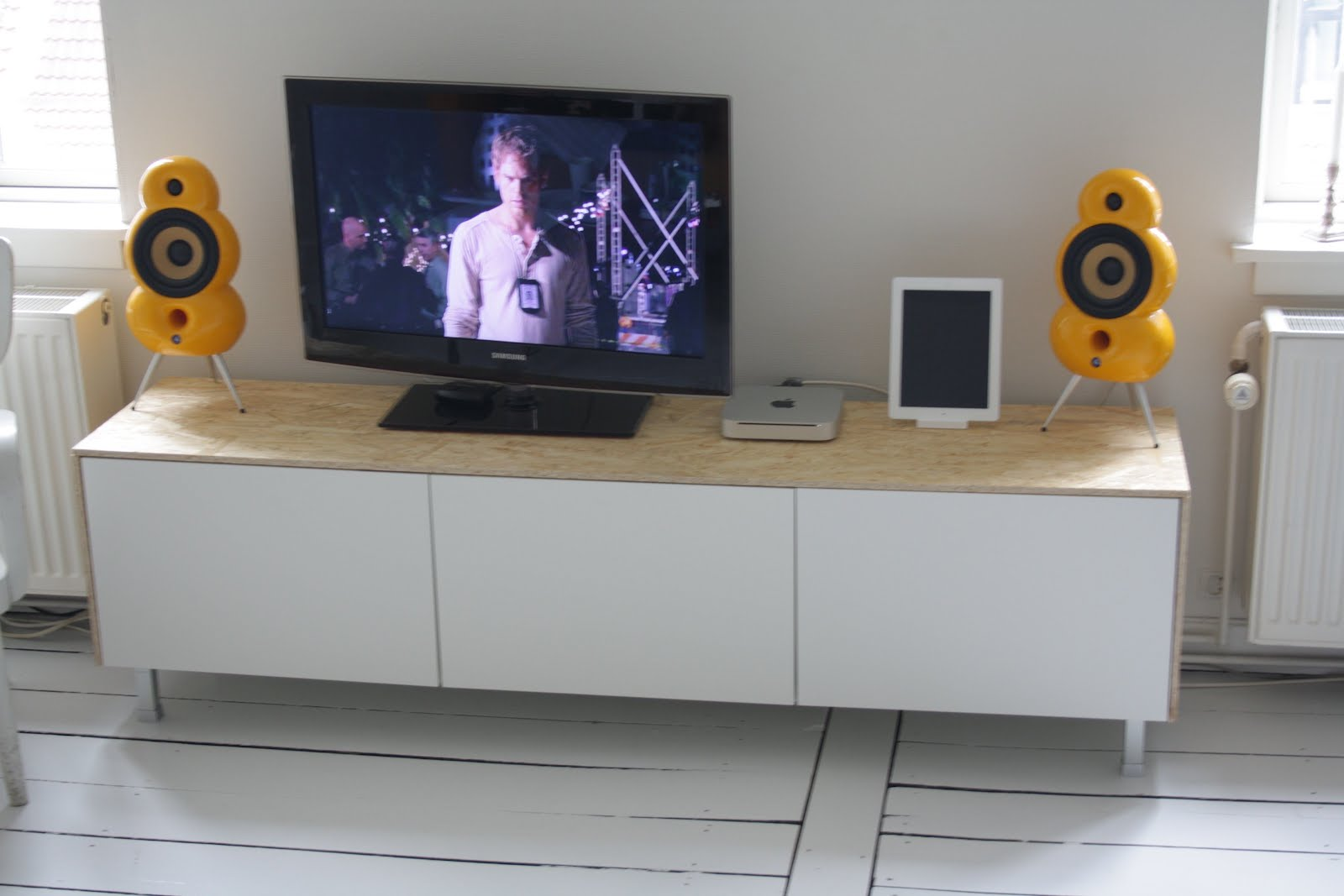 Media Console Ikea Clean Sleek From Besta Hackers