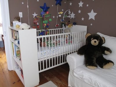 Crib with open shelving