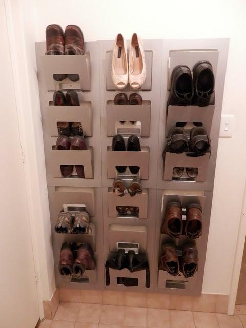 Spontan shoe rack
