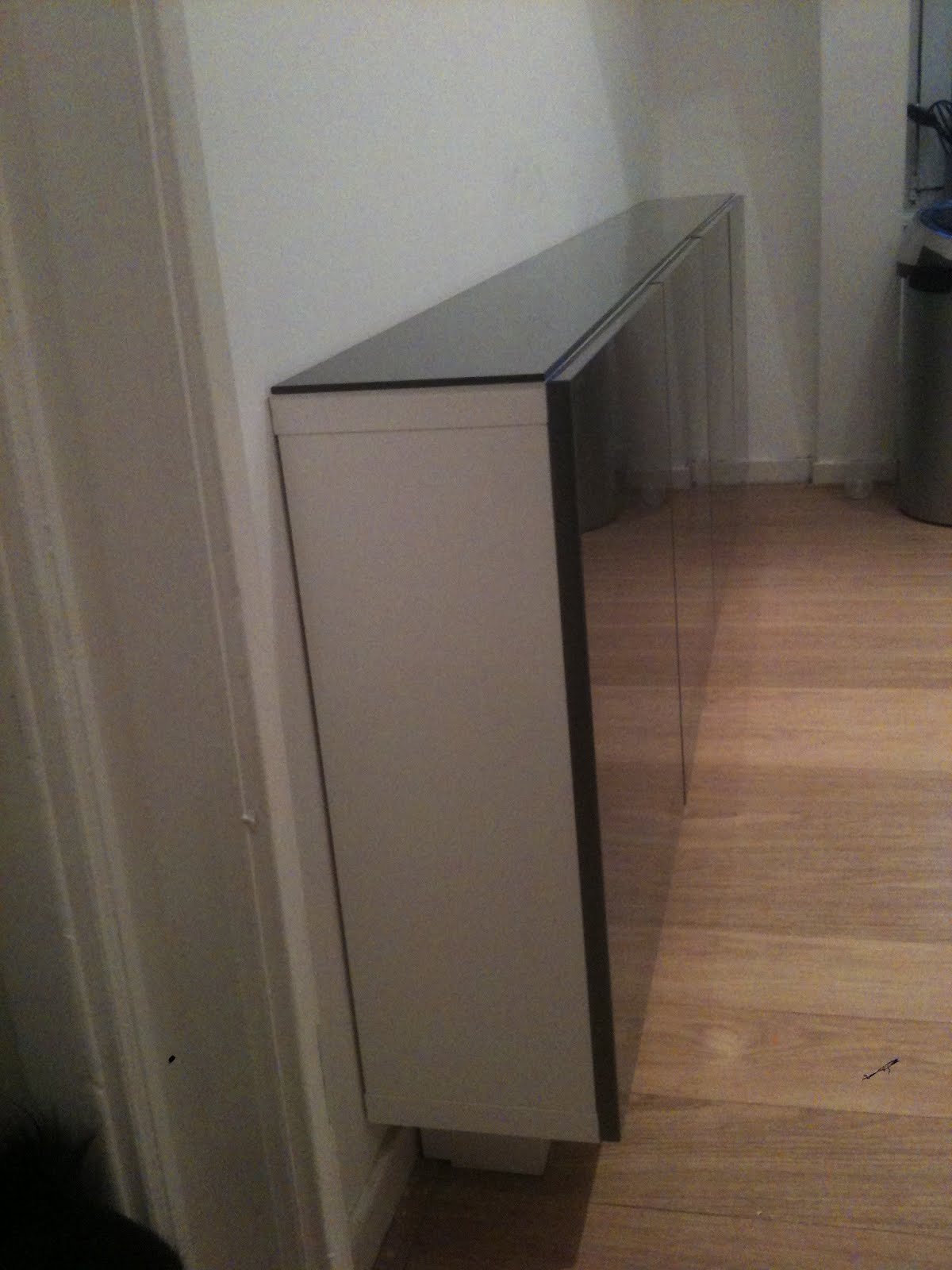 Awesome Boring Besta To Skinny, Floating Kitchen Cabinet