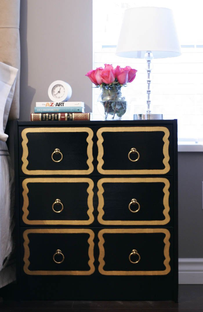 Diy dorothy draper chests ikea hackers ikea hackers - Customiser une commode ikea ...