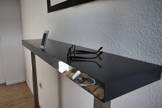 iPhone 4 IKEA wall mount dock