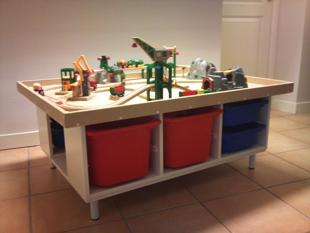 Trofast play table ikea hackers ikea hackers - Ikea trofast lego table ...