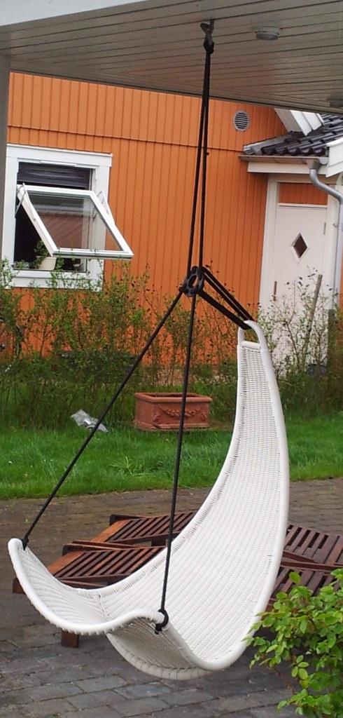 A garden swing a ikea hackers ikea hackers - Ikea fauteuil jardin ...