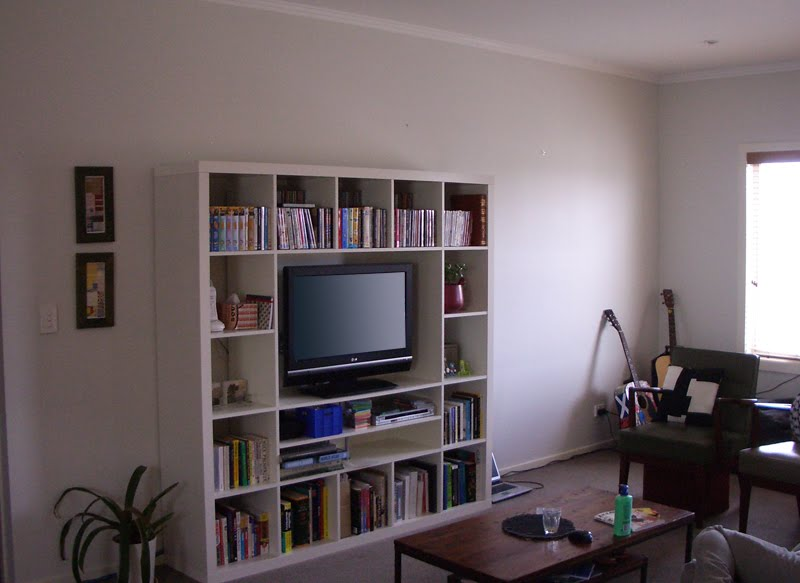 The Lowdown On The Expedit TV Unit
