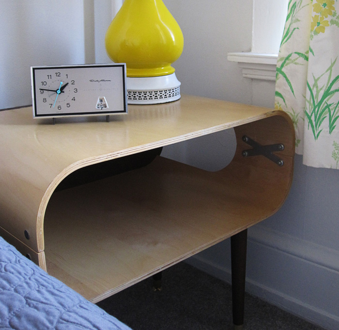 Hemnes Tv Stand Craigslist : Unfortunately, the veneer on the coffee table chipped a little when we