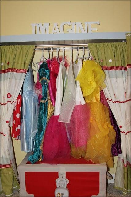 Girls dress up station
