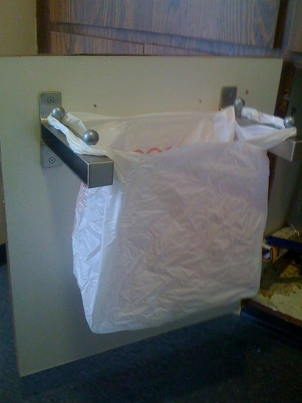 Undersink Rubbish bin-like hanger thingy - IKEA Hackers - IKEA Hackers