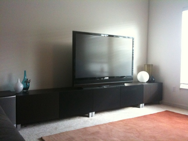 Contemporary concealed entertainment center ikea hackers - Meuble tv ikea besta burs ...