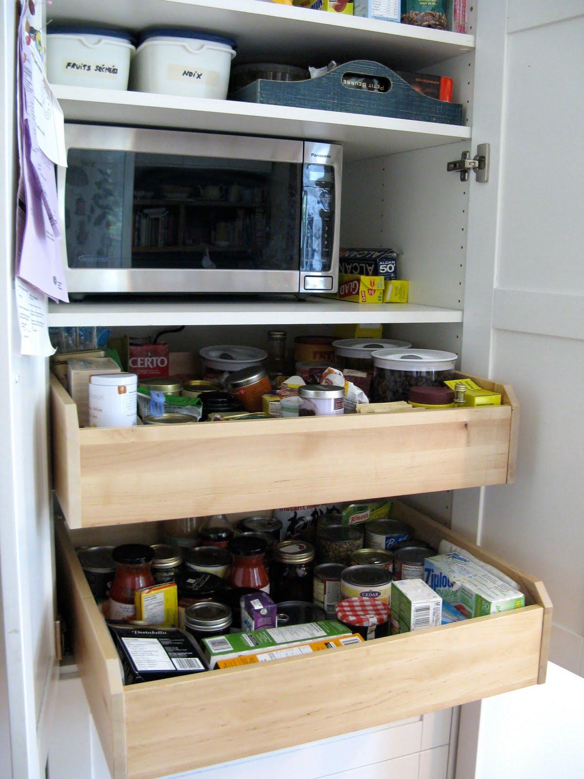 Customized Kitchen Pantry