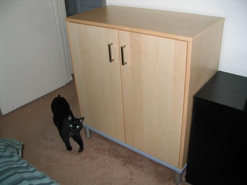 Effektively hiding a cat box - IKEA Hackers