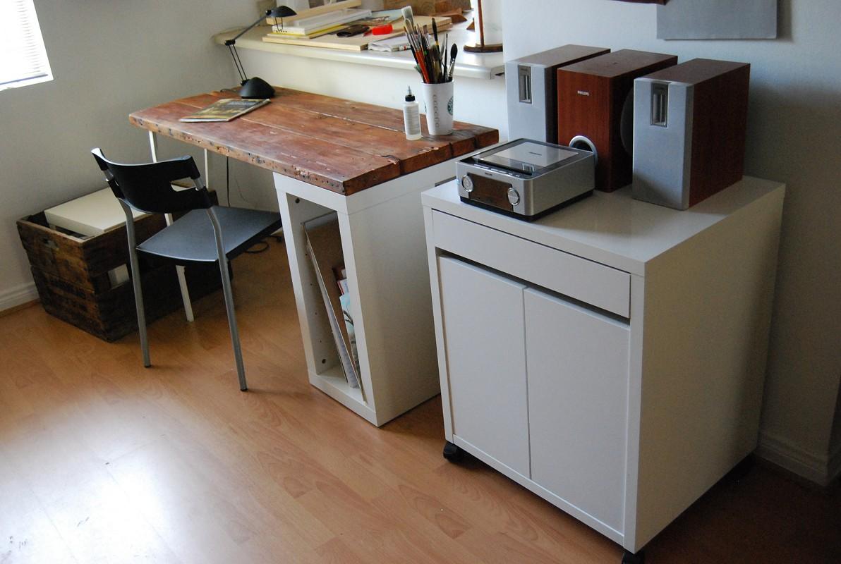 - Reclaimed Wood Desk - IKEA Hackers