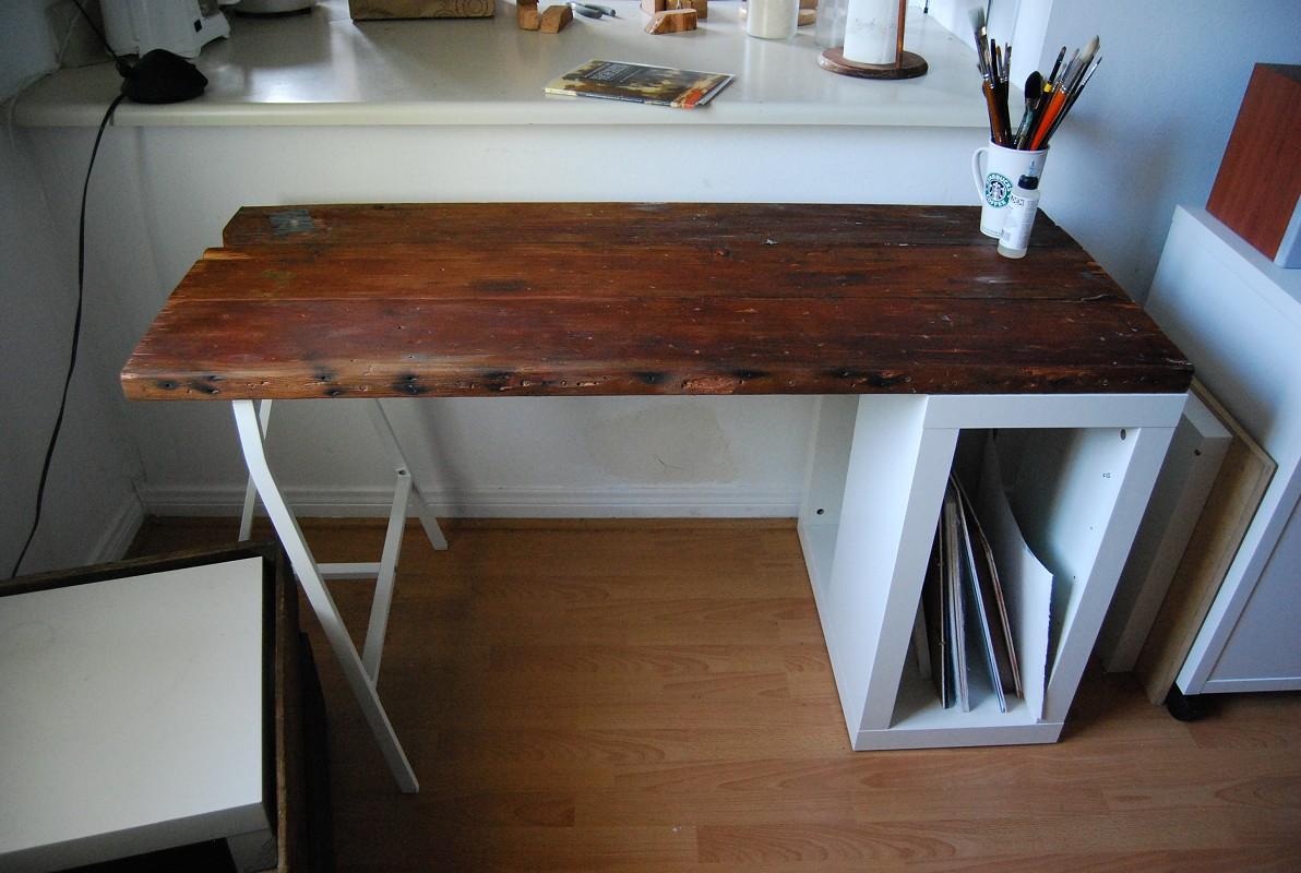 Voila! The desk or worktable stands out with all the other Ikea ...
