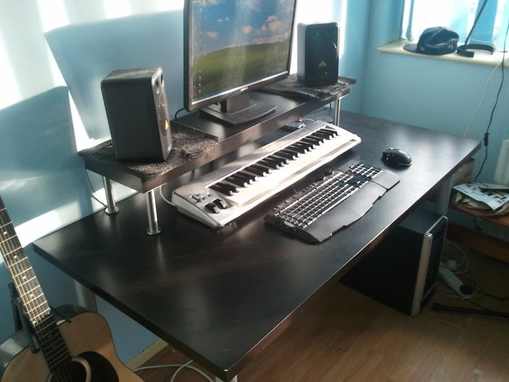 Cheapest home studio desk ever! - IKEA Hackers - IKEA Hackers
