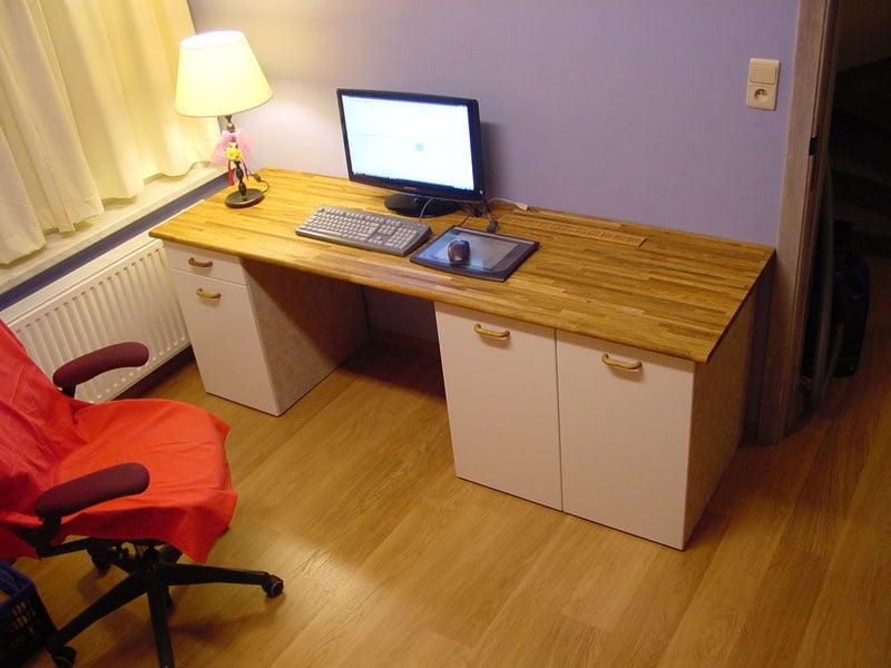 Custom Computer Desk IKEA Hackers